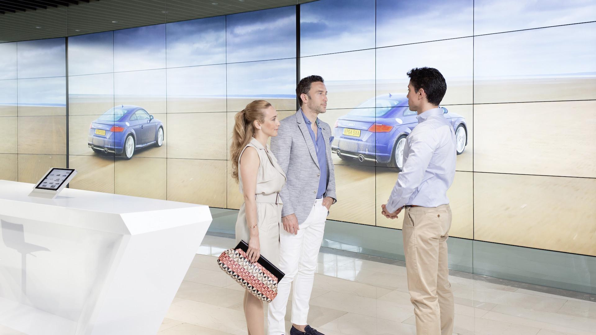 El concesionario del futuro en imágenes: Audi inauguró su ciber city en Estambul