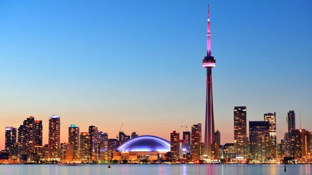 Canadá gana en turistas mexicanos, mientras Estados Unidos pierde