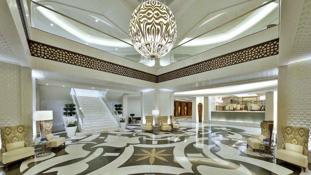 La cadena Conrad inauguró un hotel de lujo en Arabia Saudita