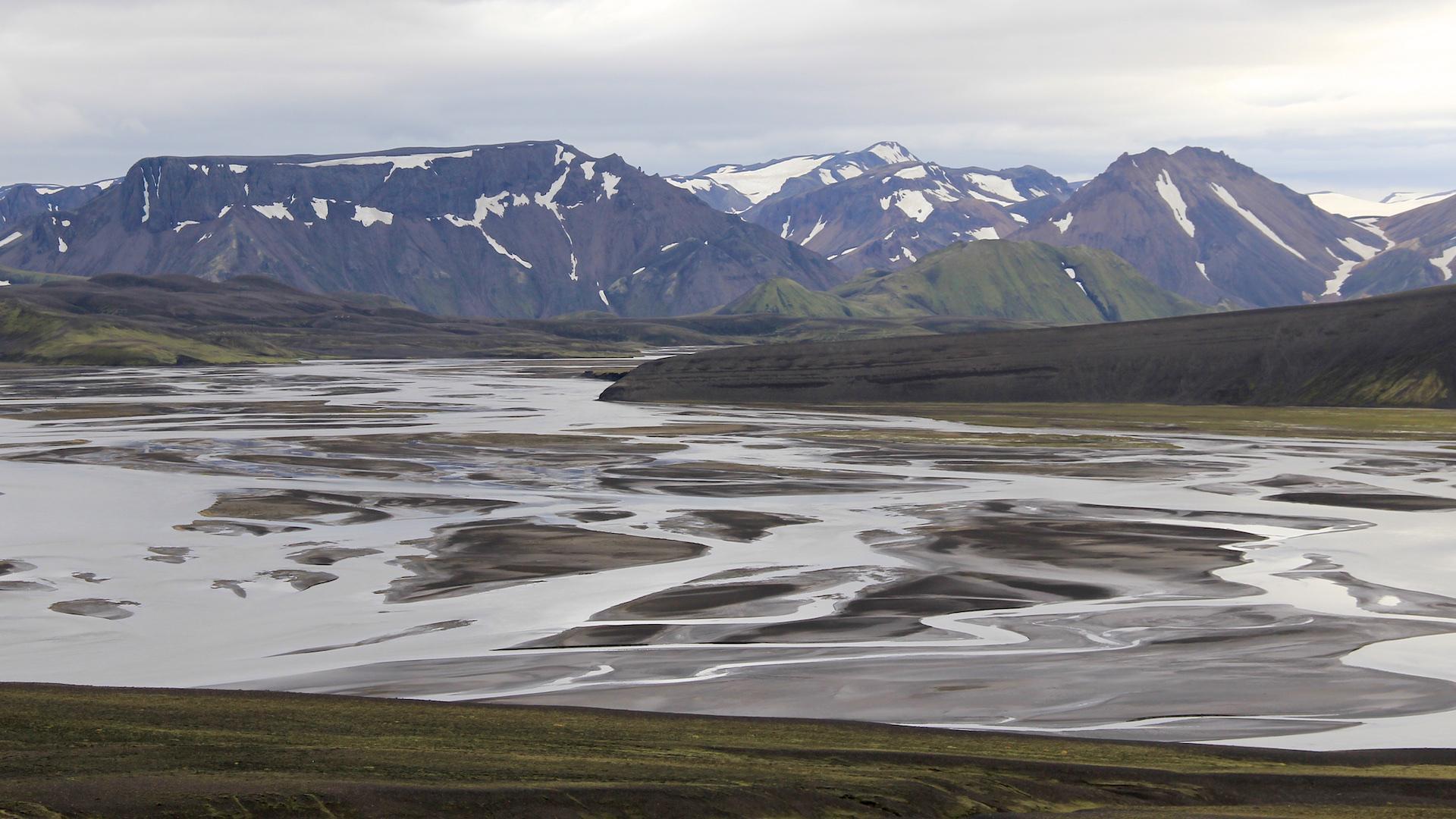 Los 15 destinos en donde los turistas superan a los locales