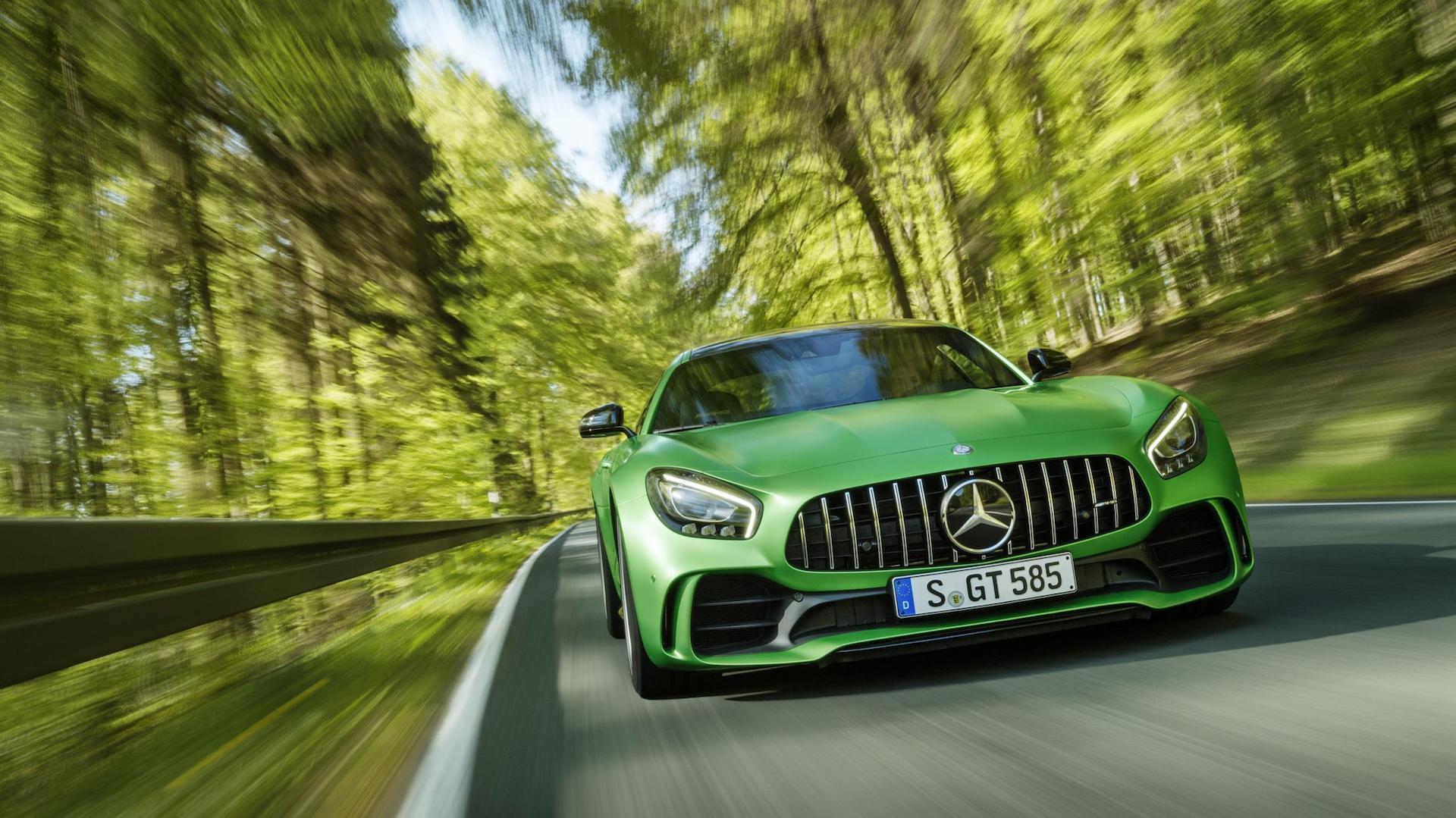 El nuevo Mercedes-AMG GT R: V8 biturbo, 585 CV y velocidad máxima de casi 320 km/h