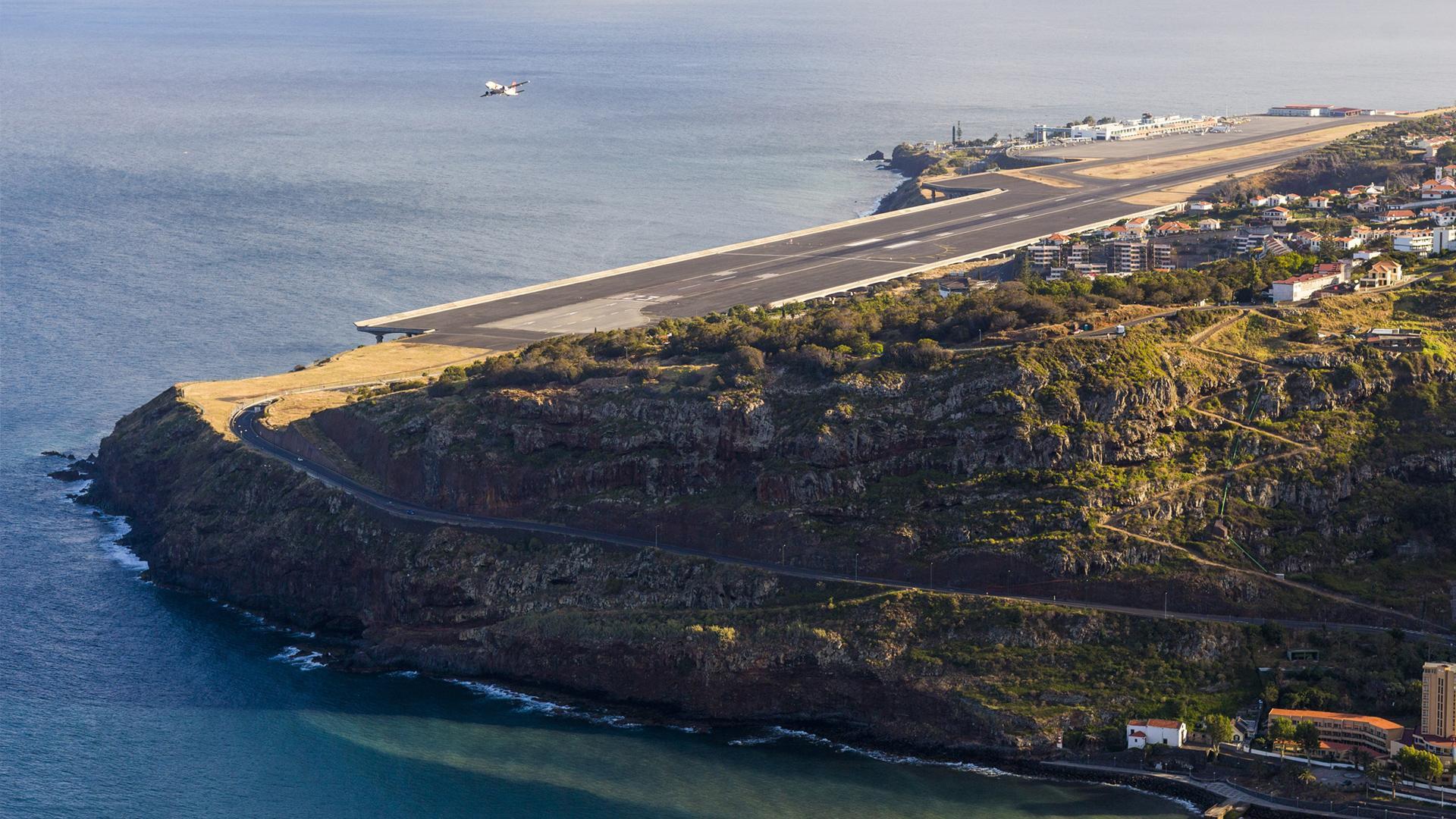 El aeropuerto portugués que fue renombrado como Cristiano Ronaldo