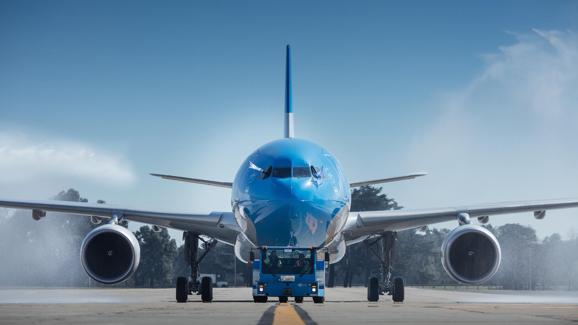Aerolíneas Argentinas sumó un nuevo avión Airbus 330-200
