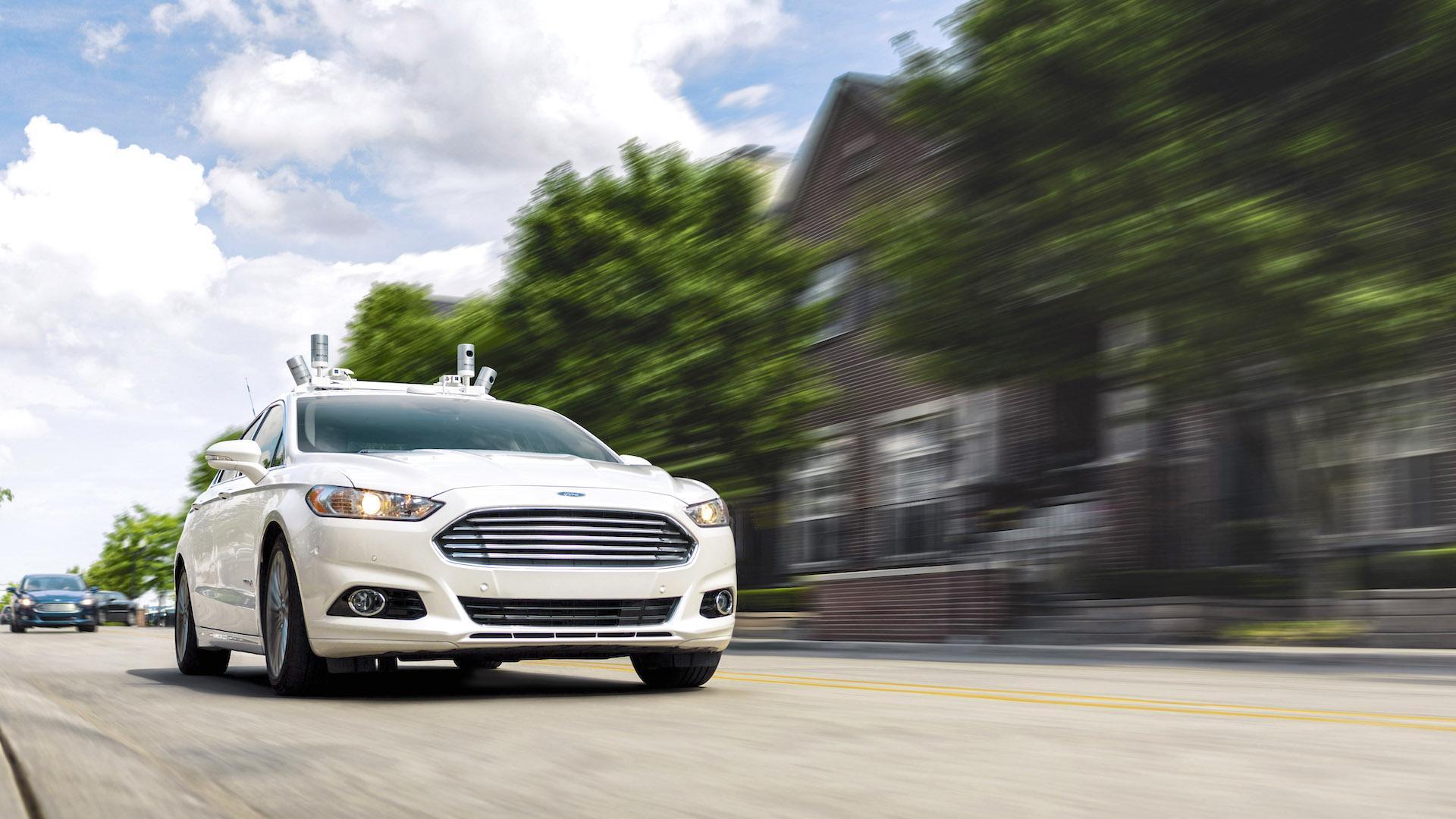 Ford anunció sus autos autónomos, sin volante ni pedales, para 2021