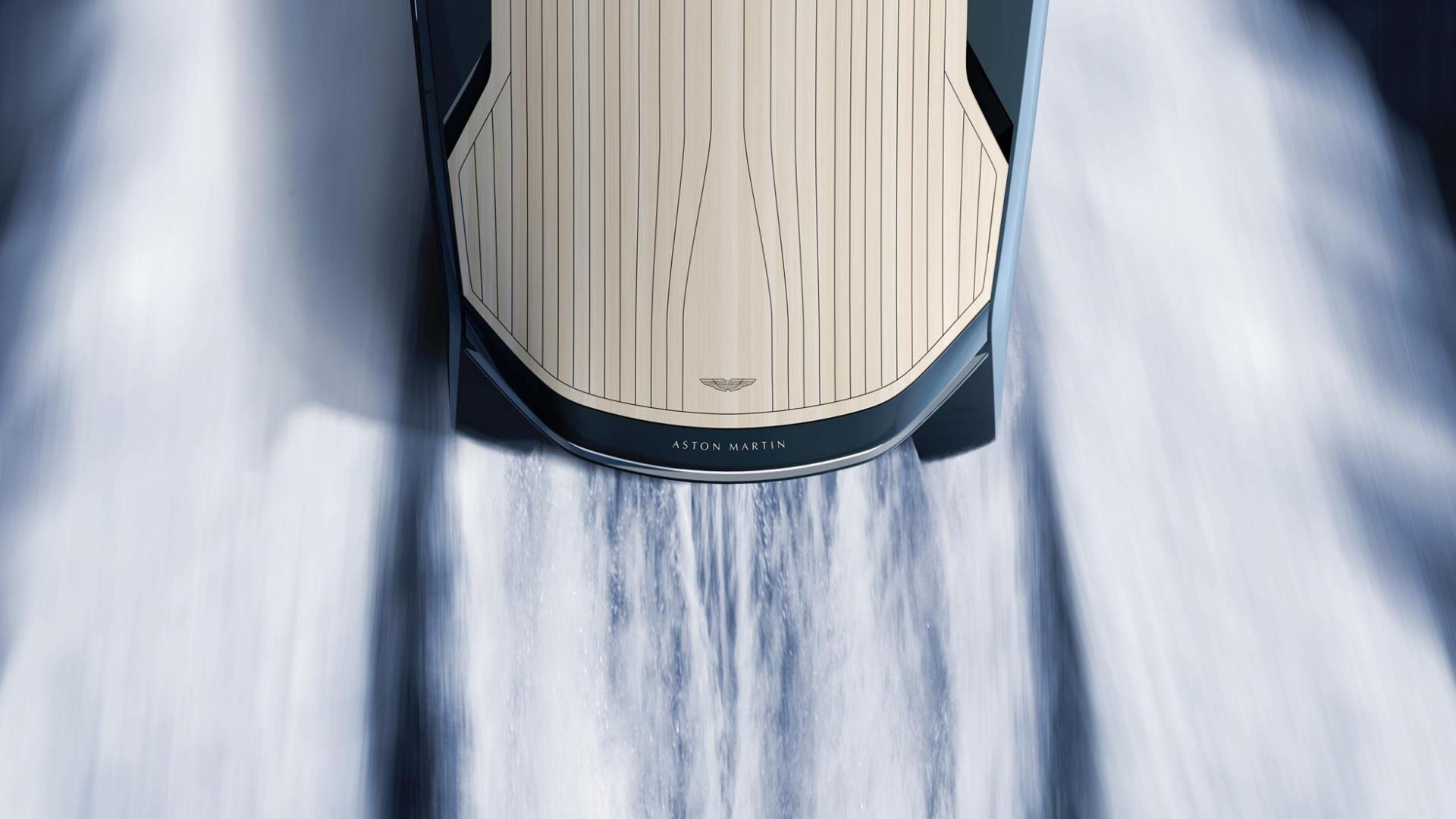 El imponente Aston Martin Powerboat en imágenes