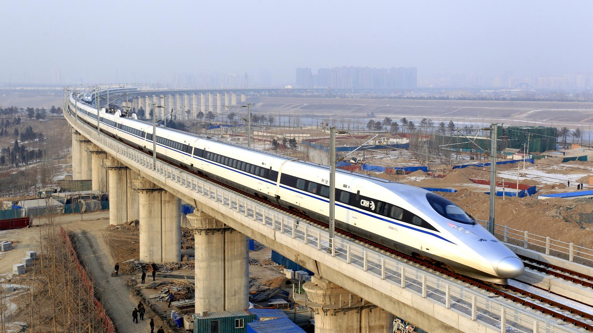China alcanza un nuevo récord con sus trenes