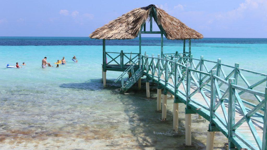 Cuba tendrá más de 100 vuelos diarios desde Estados Unidos