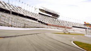 Visitamos una de las pistas de automovilismo más famosas del mundo: Daytona International Speedway