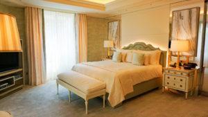 Estuvimos en la suite de €22.500 la noche en París. ¿Cómo es?