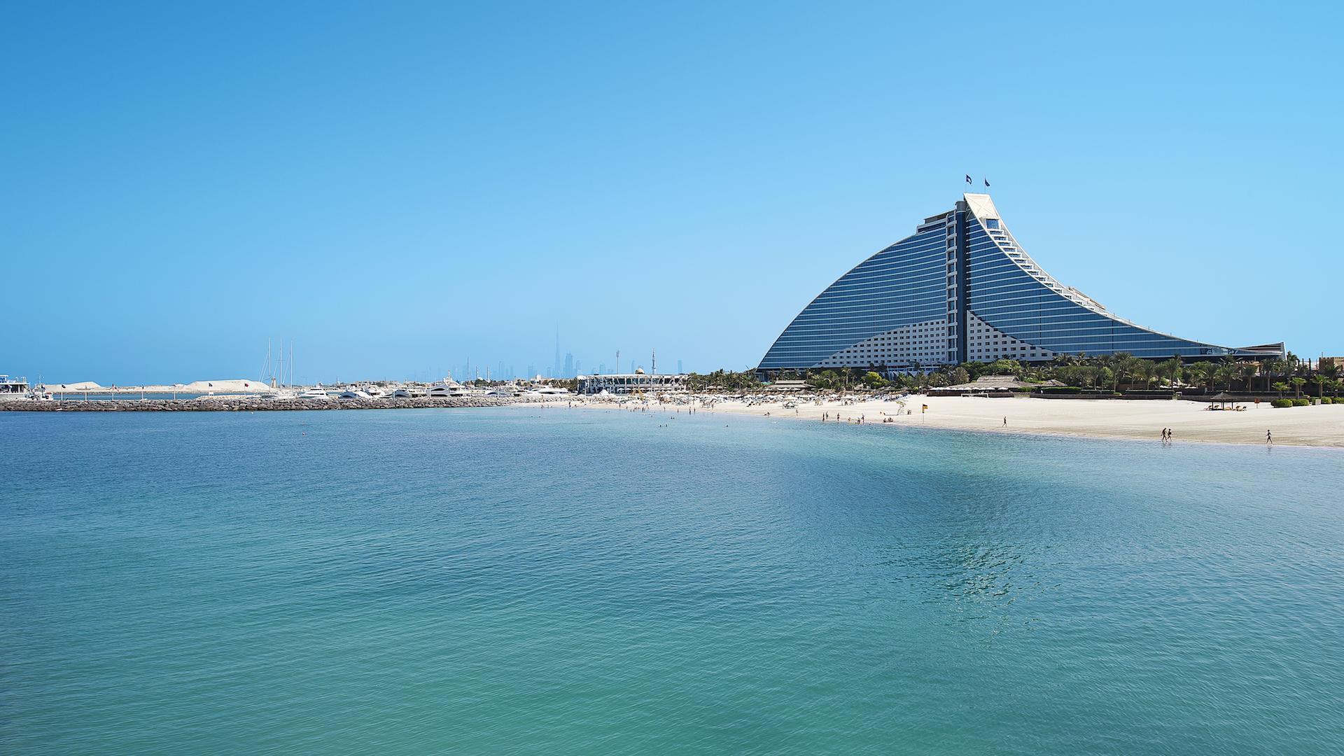 Los guardavidas robots llegan a Dubái para cuidarnos en las playas