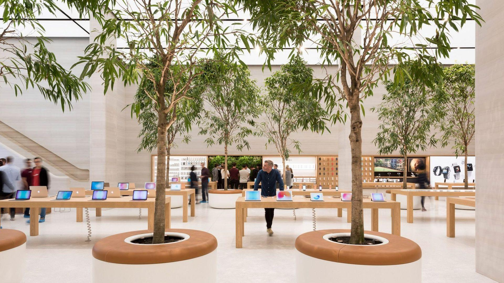 apple-regent-street-foster-partners-london_dezeen_2364_col_9