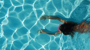 El futurista edificio de Los Ángeles que contará con piscinas aéreas