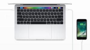 Tras las críticas, Apple reduce el precio de sus adaptadores