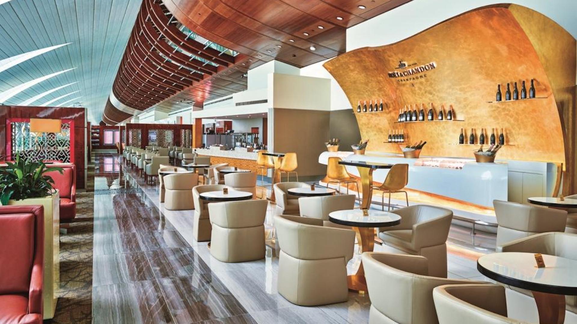 Emirates inauguró la remodelación de su Business Class Lounge en el aeropuerto de Dubái