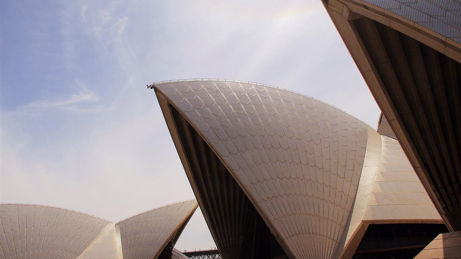 El Opera House de Sídney se renueva y robots ayudarán a controlar su cubierta de azulejos