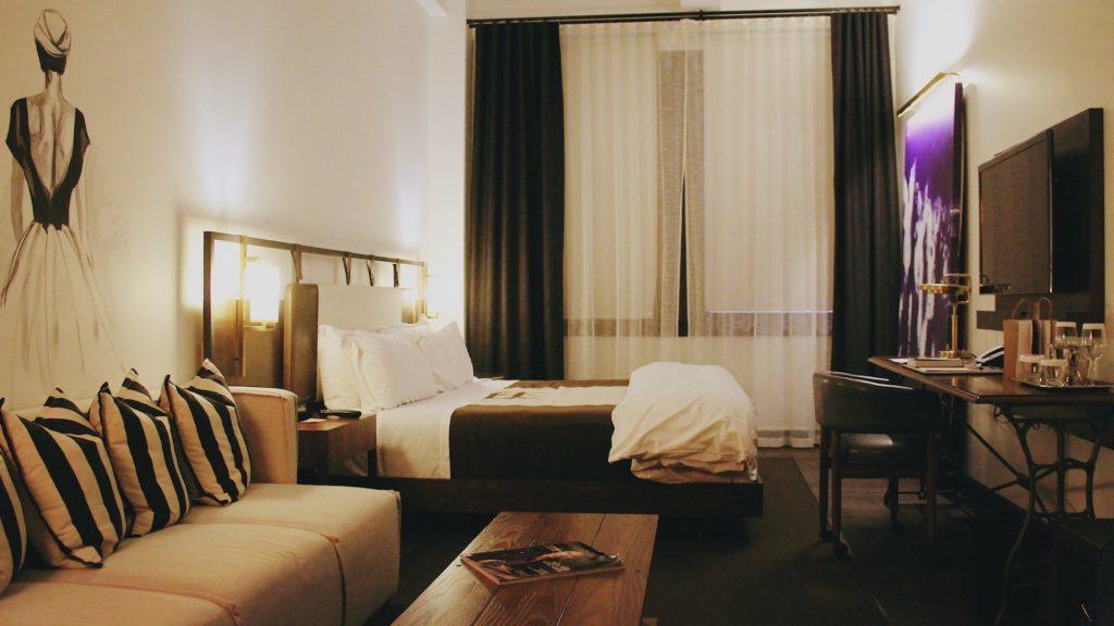 Diseño + ubicación + estilo: los puntos fuertes del hotel Refinery en New York