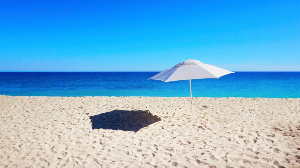 Las playas más caras y más baratas del mundo
