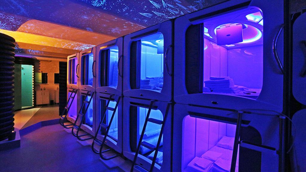 Este es Subspace el primer hostel espacial en donde las habitaciones son cápsulas