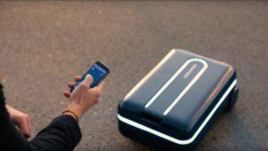 Cómo es la novedosa Travelmate, la valija robot que nos sigue a todos lados