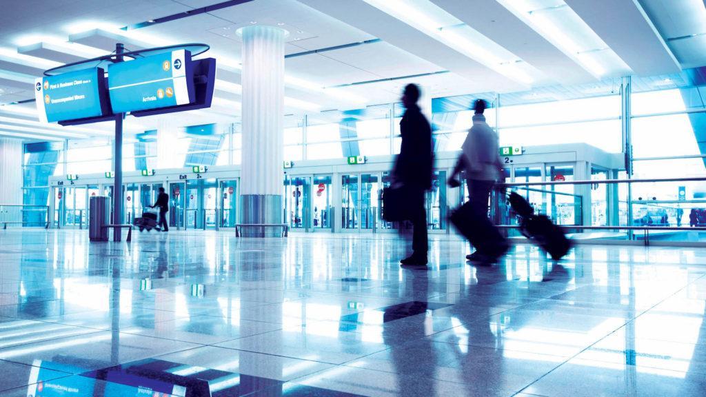 Una empresa ya permite hacer check-in y despachar el equipaje antes de que lleguemos al aeropuerto