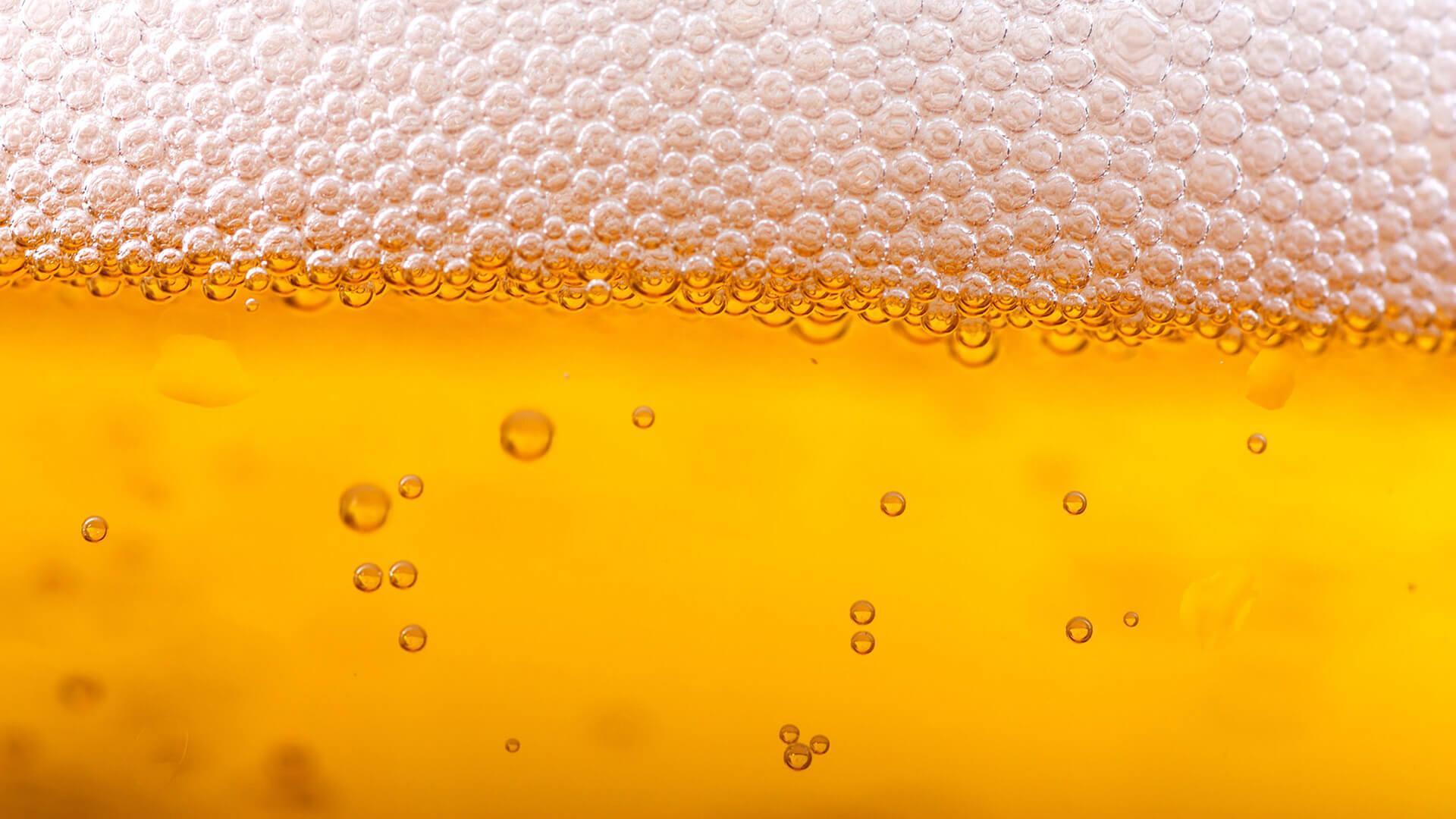 Cada vez que llueve en Londres, una cervecería regala pintas