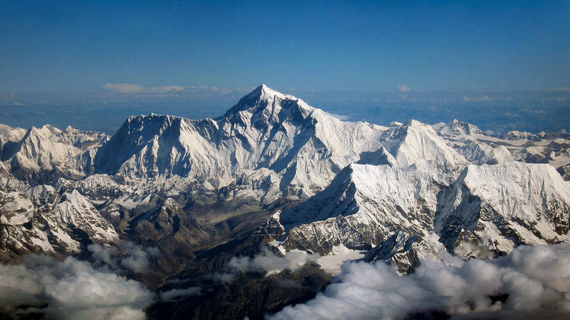 El Monte Everest tendrá Wi-Fi gratis (el más alto del mundo)