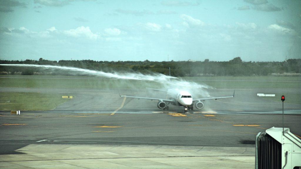 La aerolínea Azul lanzó sus vuelos entre Buenos Aires y Belo Horizonte