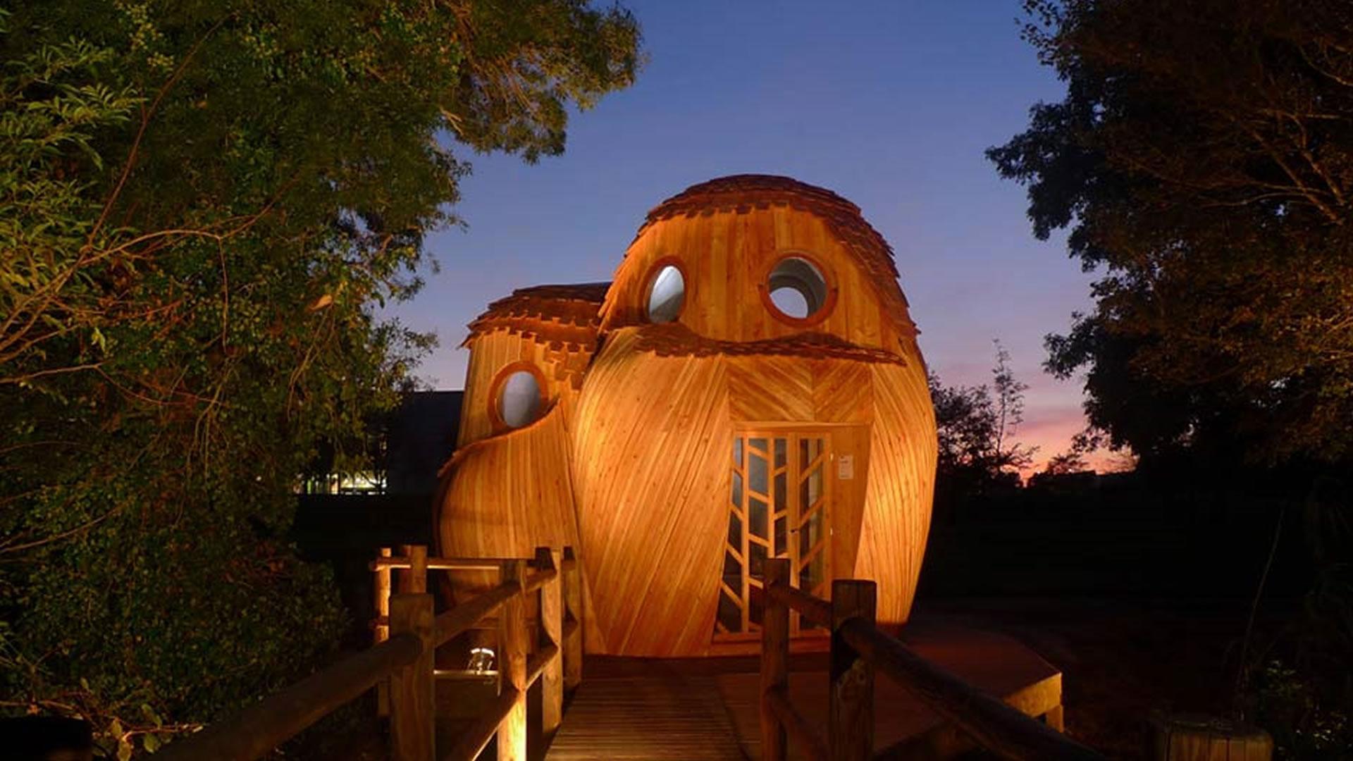 Podemos alojarnos gratis en estas sorprendentes cabinas en forma de búho en Francia