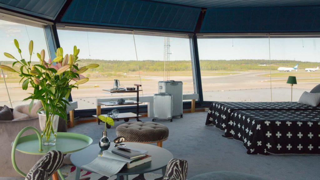 [Video] La torre de control de un aeropuerto convertida en un departamento
