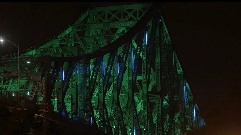 El puente que tendrá una iluminación diferente cada día (durante 10 años)