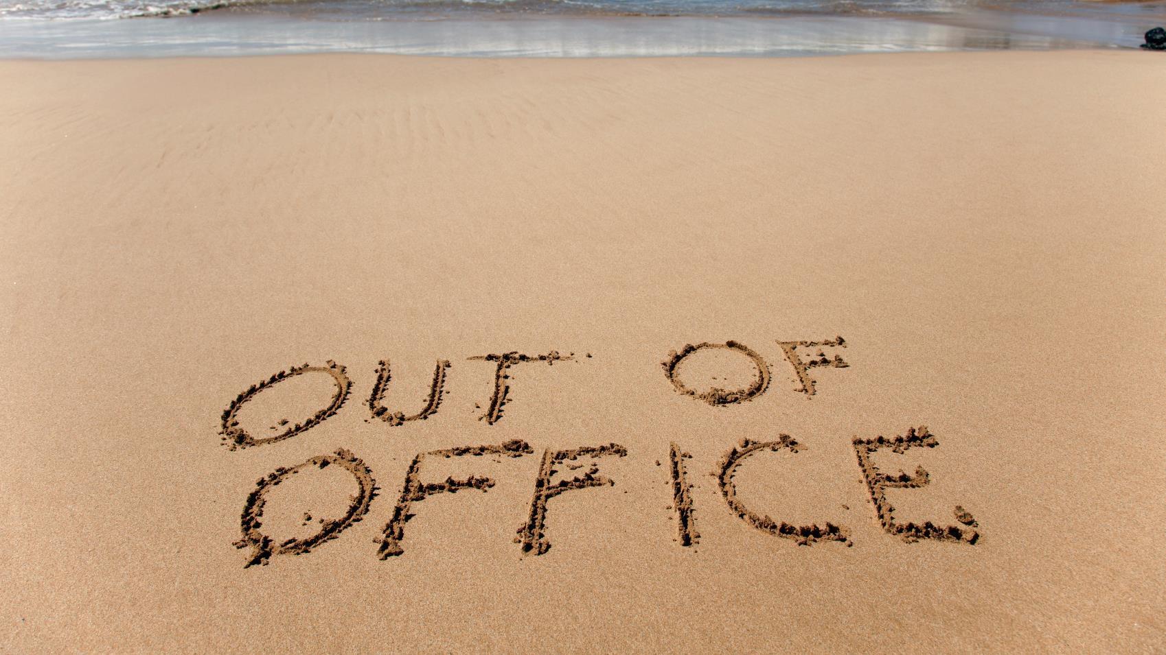 Los empleados que ganan más dinero, son los que menos tiempo de vacaciones toman