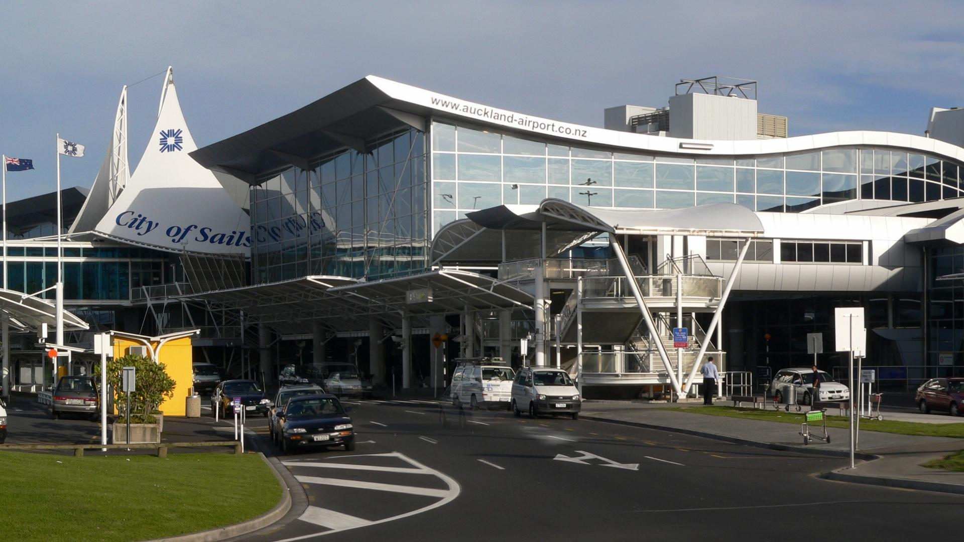 El aeropuerto más grande de Nueva Zelanda se queda sin combustible y hay cancelaciones