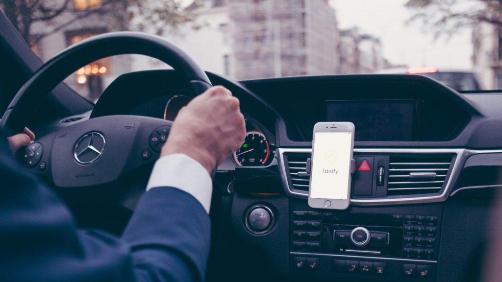 Taxify, el nuevo rival de Uber que busca conquistar Londres a menor precio