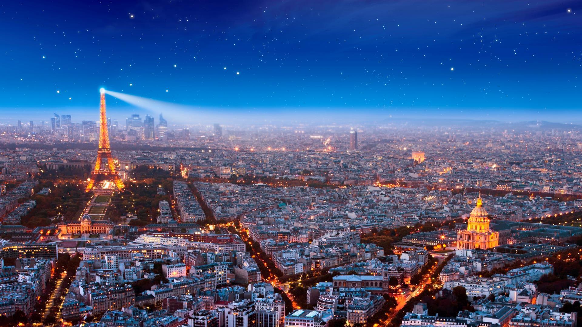 Ahora es posible patinar en París con esta vista