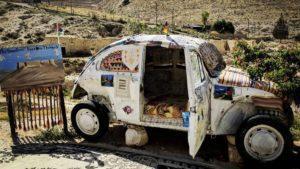 Este es el hotel más pequeño del mundo: sí, está dentro de un VW Beetle