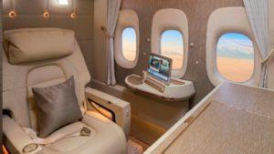 La sorprendente nueva suite de primera clase de Emirates: video