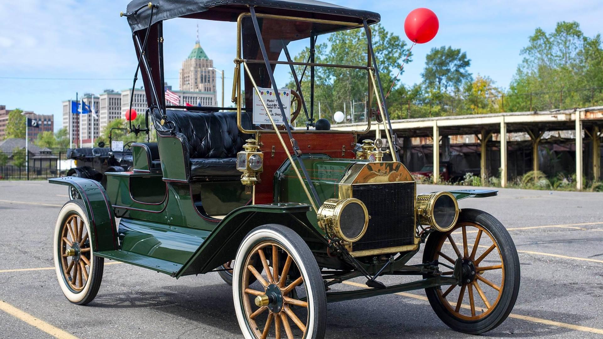 El video que recorre la primera fábrica de automóviles Ford