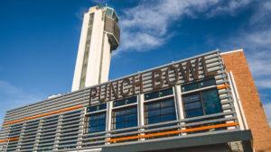 Convierten a una torre de control de aeropuerto en un restaurante