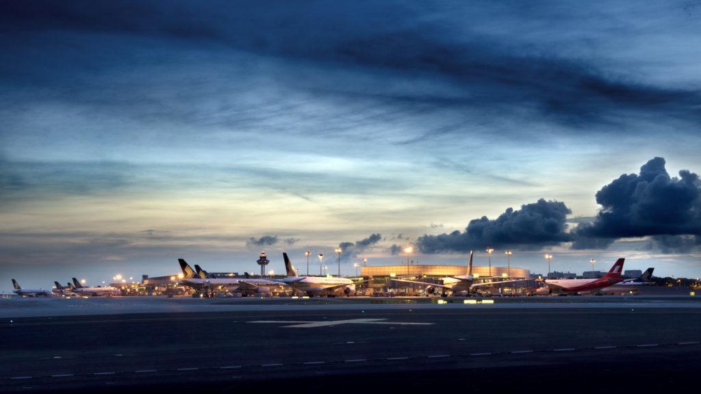El mejor aeropuerto del mundo ya no anunciará por sus parlantes los llamados de abordaje final a los aviones