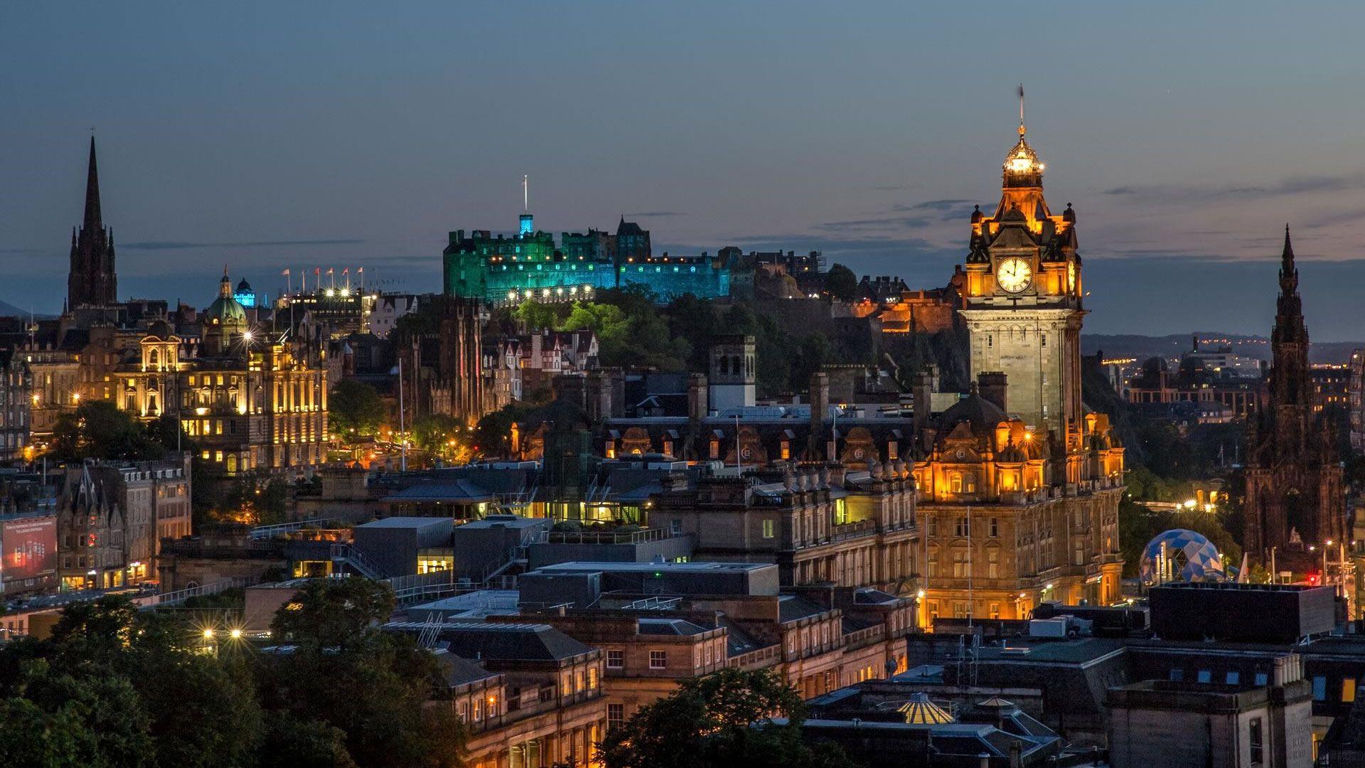 Edimburgo se suma a Venecia, Barcelona y Dubrovnik, preocupada por la cantidad de turistas