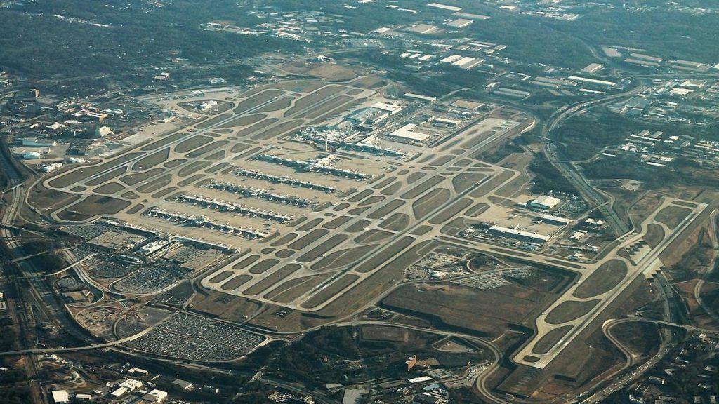 Las nuevas tendencias llevarán a menos estacionamientos en los aeropuertos