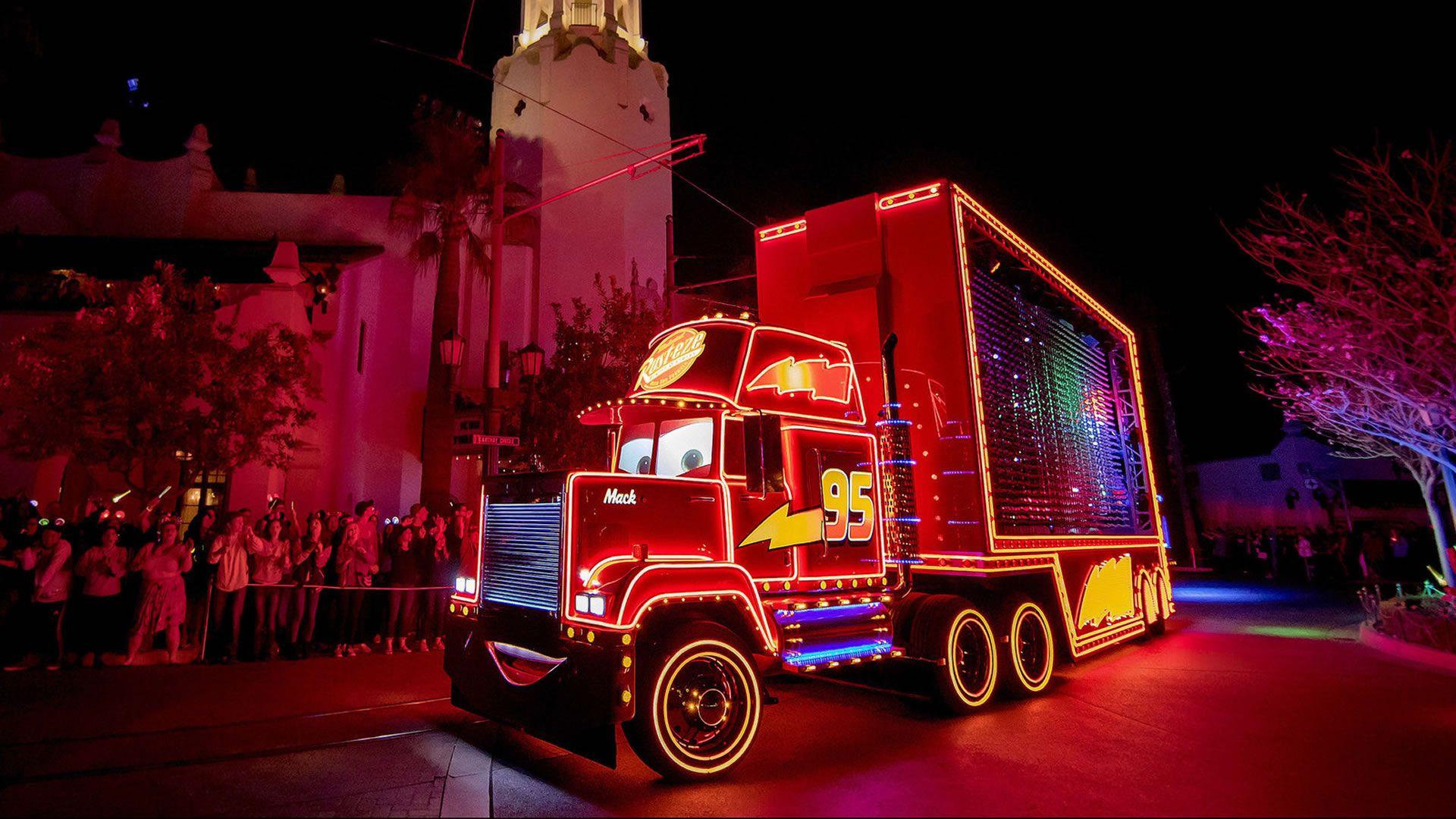 Comenzó Pixar Fest en Disneyland, la mayor celebración del estudio hasta la fecha