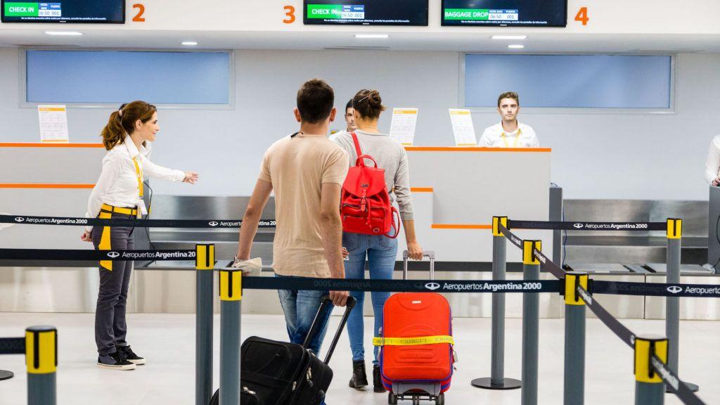 La aerolínea low-cost Flybondi lanza vuelos de El Palomar a Iguazú