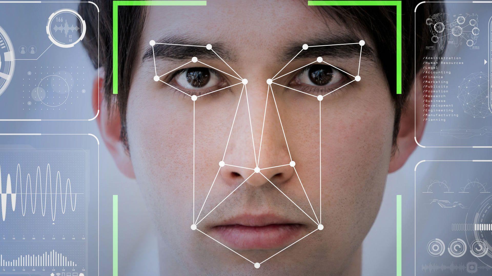 El reconocimiento facial en los aeropuertos ya es una realidad y funciona