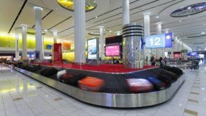 Video: cómo un empleado trata el equipaje en el aeropuerto se hizo viral