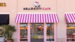 Inauguró en California el primer Hello Kitty Grand Cafe
