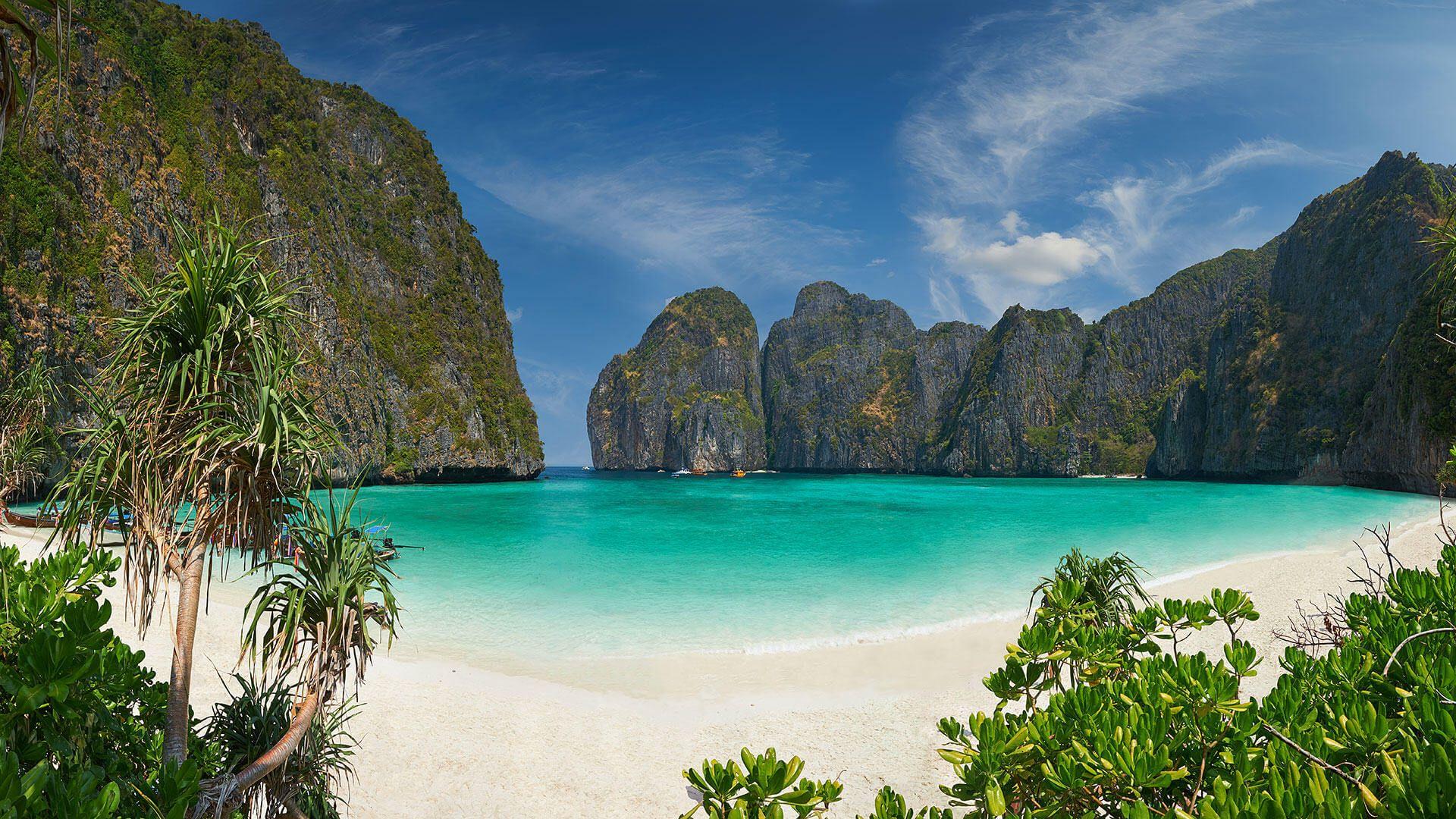 La playa más famosa de Tailandia cierra de manera indefinida