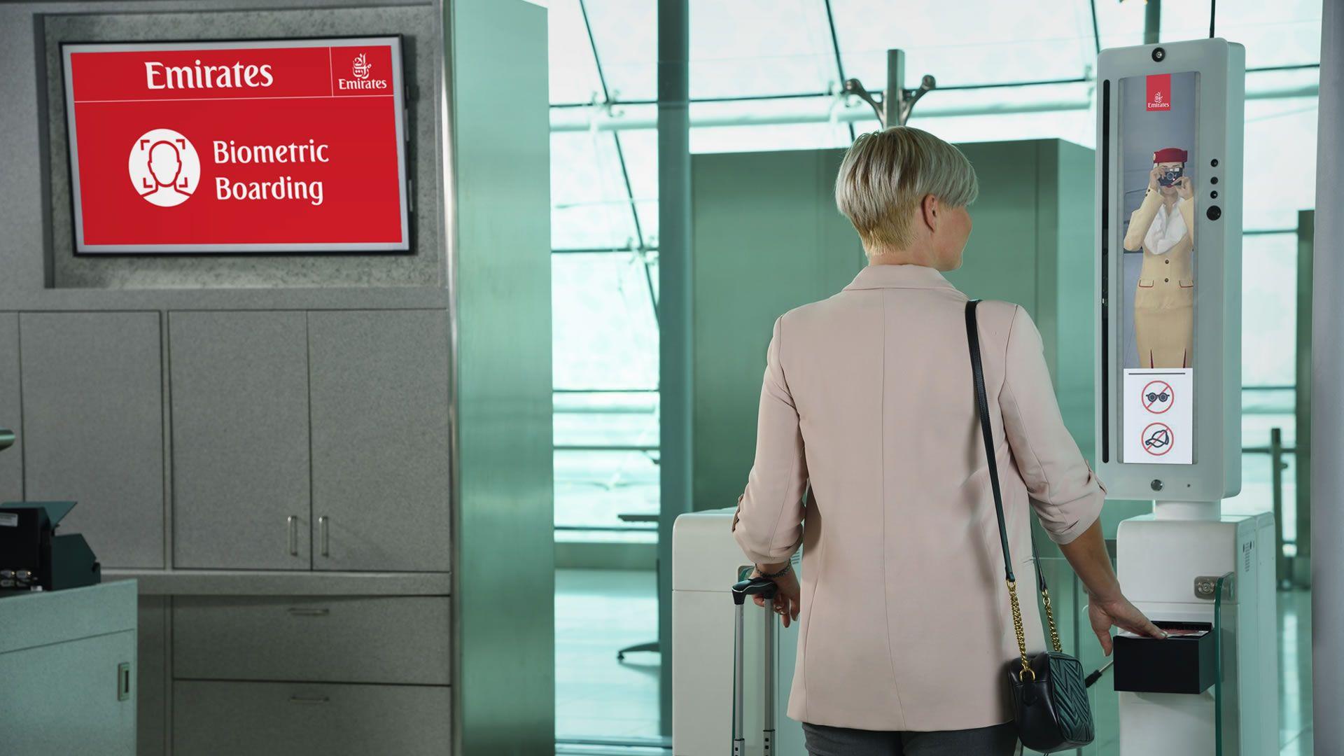 Emirates biométrico: migraciones, lounge y abordaje solo con cara e iris