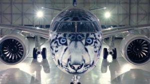 El avión con cara de leopardo ya está en el aire: video