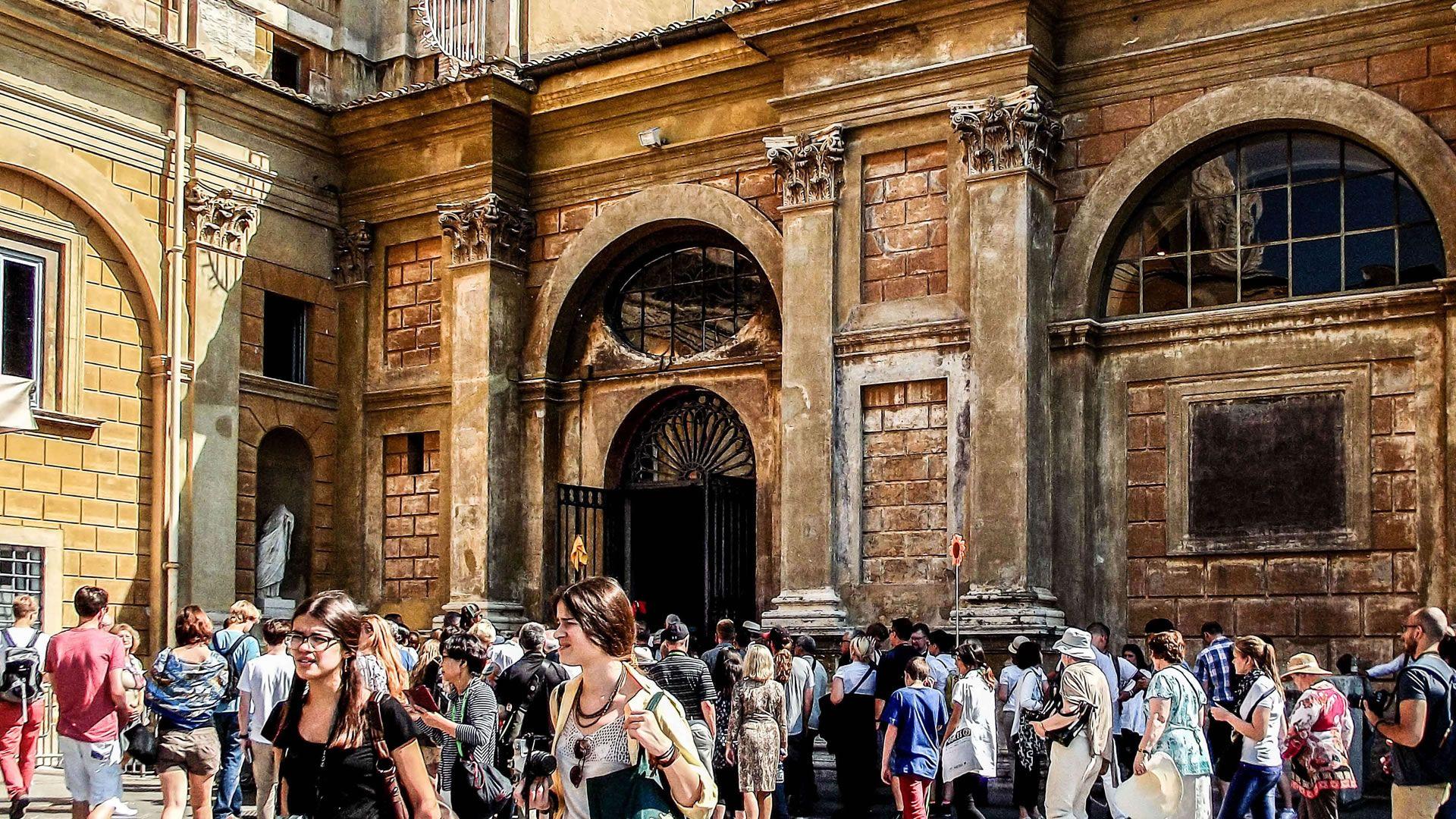 Los museos del Vaticano limitarían la entrada de turistas desde 2019